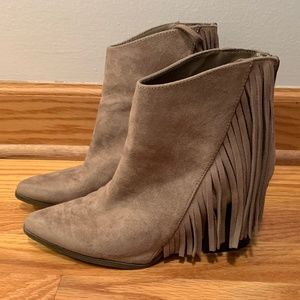 Candie's Boots Tan Brown Suede Fringe Ankle Bootie